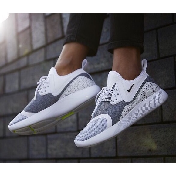 bde798a8bb Nike Shoes | Womens Lunarcharge Essential Sneakers | Poshmark